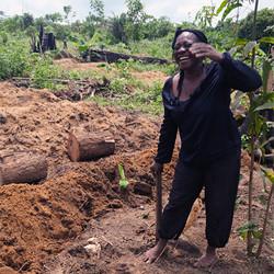 fresh afrika-cameroun-producteur-esther